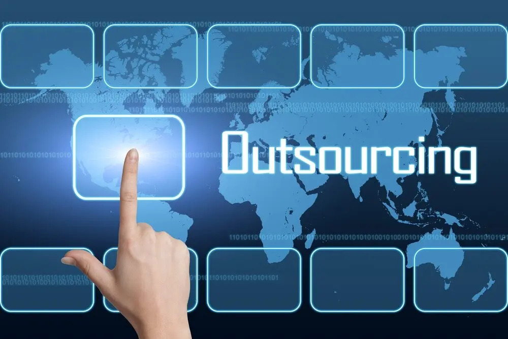 Considerations for choosing the right IT outsourcing provider